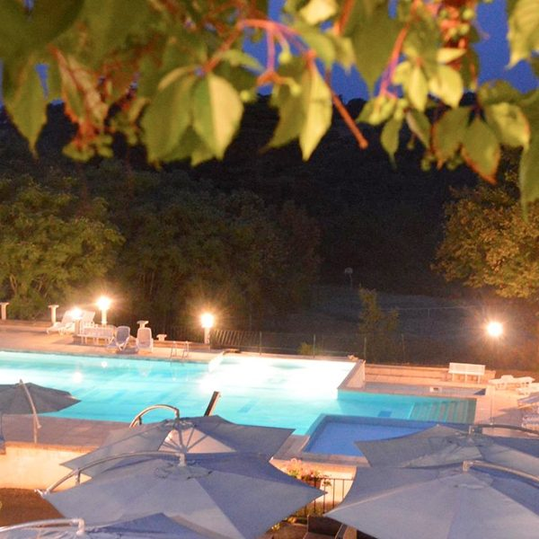 Camping-Lot-Dordogne_Country-Club-Adult_Chateau-La-Comte_Camping