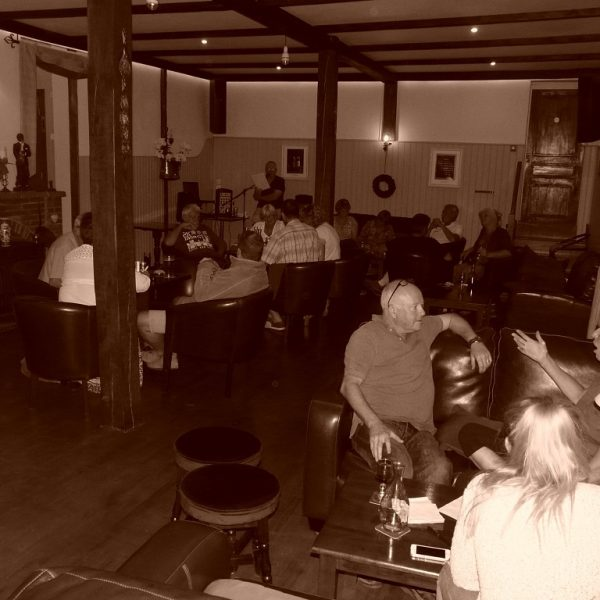 Bar quizz night