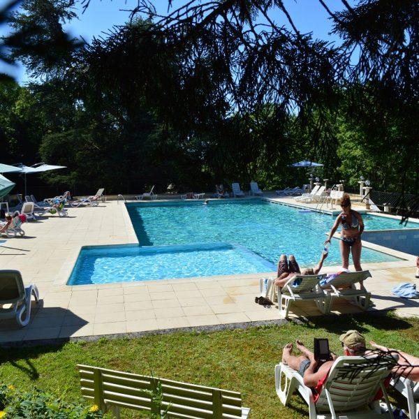 Camping Lot Dordogne & Country Club Chateau de Lacomte
